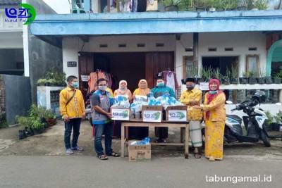 Berbagi-Takjil-dan-Makanan-Buka-Puasa-di-Malang1590240331.jpg